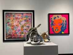 Amazing #sculpture of #pears with a nice #3d painting and a #marylin #monroe by #andywarhol   #art #bratislava #slovakia #artgalleryfabrics #collector #artwork Bratislava Slovakia, 3d Painting, Marylin Monroe, Art Gallery Fabrics, Andy Warhol, Pears, 3 D, Pop Art, Sculpture