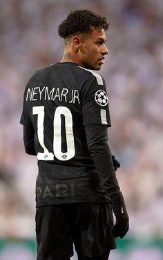 Real Madrid ready to make bid for Neymar - HF Lionel Messi, Cr7 Messi, Messi Vs Ronaldo, Neymar Psg, Neymar Memes, Neymar Barcelona, Barcelona Soccer, Neymar Jr Wallpapers, Cristiano Ronaldo Wallpapers