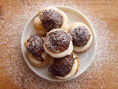 Francouzské recepty Archivy - Avec Plaisir Profiteroles, Cookies, Food, Crack Crackers, Biscuits, Essen, Meals, Cookie Recipes, Yemek