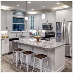 4 Tips For Kitchen Remodeling In Your Home Renovation Project – Home Decor World Kitchen On A Budget, Kitchen Redo, Home Decor Kitchen, Kitchen Living, Home Kitchens, Kitchen Remodel, Kitchen Craft, Kitchen Interior, Kitchen Ideas