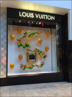 Louis Vuitton Party Window Purse Gift Wrap