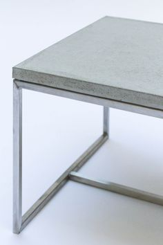 Awesome concrete table by Labor117