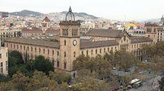 Durant el curs 1947–1948 Ferrater va matricular-se a la Facultat de Ciències Exactes de la Universitat de Barcelona però el tercer curs va abandonar els estudis. Quatre anys més tard va tornar a la Universitat matriculant-se de Filologia.