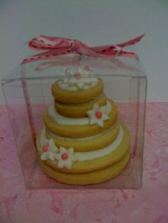 Wedding Cake cookies by Sweet Dough ~ Aren't they beautiful?  @Jeannette (Sweet Dough) Chavez