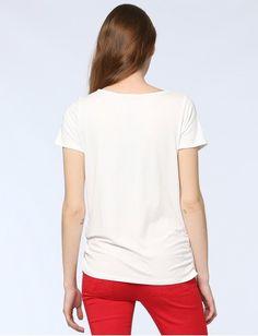 Damen Choose Red von Jones online kaufen   Jones Fashion Jones Fashion, Mode Online, Elegant, V Neck, Red, Tops, Women, Shopping, Dapper Gentleman