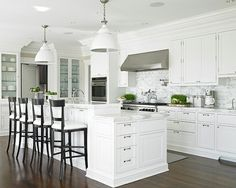 Here is the top 5 american kitchen design ideas.If you gonna create your kitchen in american kitchen style, you should check these ideas. Kitchen Inspirations, House, Interior, Home, New Homes, American Kitchen Design, Home Kitchens, Kitchen Styling, Kitchen Stools