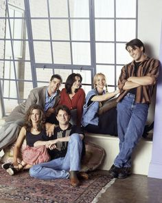 📷 La meilleure série Friends sitcom monica geller rachel Phoebe Joey Chandler ross central perk courteney cox jennifer aniston lisa kudrow matt leblanc matthew perry david scwinmmer I'll be there for you Tu pues le chat Friends Tv Show, Tv: Friends, Serie Friends, Friends Episodes, Friends Moments, Friends Season, Friends Forever, Friends Cast Now, Funny Moments