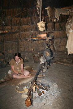 Prehistorie Iron Age, Primitive Technology, Indigenous Tribes, Hunter Gatherer, Mountain Man, Past Life, Western Art, Ancient History, Archaeology
