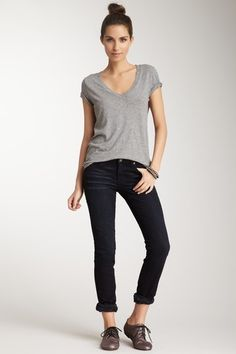 T-shirt, jeans, and oxfords - 25 Ways to Style: T-Shirt and Straight Leg Jeans