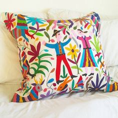 Your place to buy and sell all things handmade Pillow Shams, Decorative Pillows, Jade, Throw Pillows, Unique Jewelry, Handmade Gifts, Etsy, Vintage, Pillowcases