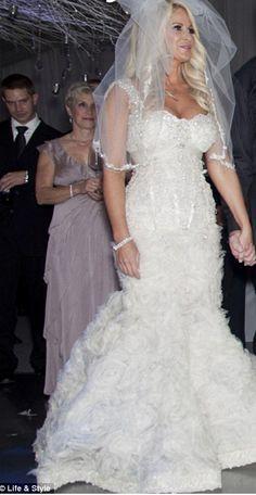 Kim Zolciak Wedding Outfit