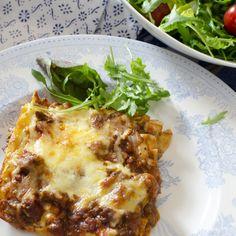 Hjemmelagd lasagne Norwegian Food, Norwegian Recipes, Best Meat, Recipe Boards, Calzone, Meat Recipes, Risotto, Nom Nom, Bacon