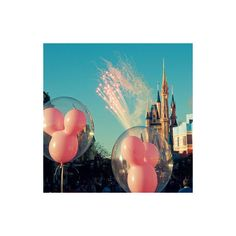 Disneyland icon - use :D ❤ liked on Polyvore featuring disney, pictures, icons, backgrounds and photos