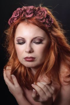 Marsala lips and eyes.and roses :) Blackberry Wine, Marsala, Beauty Makeup, Burgundy, Roses, Lips, Pink, Rose, Wine Red Hair