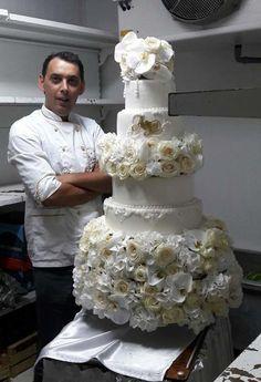 wedding cake by aco - http://cakesdecor.com/cakes/294894-wedding-cake