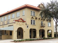 Artisan Downtown, boutique hotel in downtown Deland, Florida. This is where I want to have the reception.
