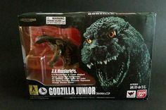 Bandai Tamashii Nations Godzilla Jr. S.H. MonsterArts 2012 New in Box US Seller