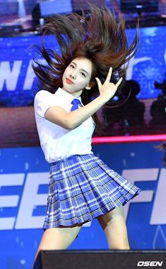 TWICE Nayeon at Pocari Festa event. She got her fans surprised with her beauty. Kpop Girl Groups, Korean Girl Groups, Kpop Girls, Skinny Inspiration, Twice Korean, Nayeon Twice, Dahyun, Im Nayeon, One In A Million
