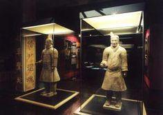 Los amantes de la historia tienen una cita con la exposición 'Terracotta Army. Guerreros de Xian'. Se trata del mayor hallazgo arqueológico del siglo XX formado por un conjunto de más de 7000 figuras de guerreros y caballos de terracota a tamaño real, que fueron enterradas con el emperador de China de la Dinastía Qin.