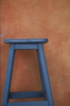 A coat of paint updates a wooden stool for a breakfast nook or home bar. Most stools have simple construction that allows you to paint them quickly without special brushes or techniques. Painted Bar Stools, Wooden Bar Stools, Wood Stool, Wooden Chairs, Eames Chairs, Lounge Chairs, Blue Chairs, Metal Chairs, Beach Chairs