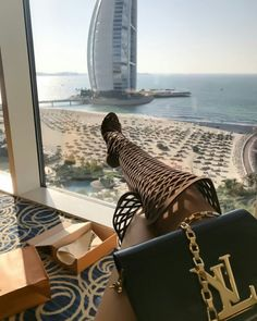 hype nd luxury Boujee Lifestyle, Luxury Lifestyle Fashion, Lifestyle Photography, Stay Classy, Classy And Fabulous, Rich Girls, Dubai City, Looks Black, Luxe Life