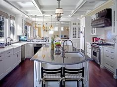 RMS_stiles-kitchen-with-coffered-ceiling_s4x3_lg