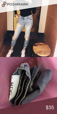 Destroyed Demin Jeans urban outfitters Urban outfitters. Straight leg. Worn once. Urban Outfitters Jeans Boyfriend