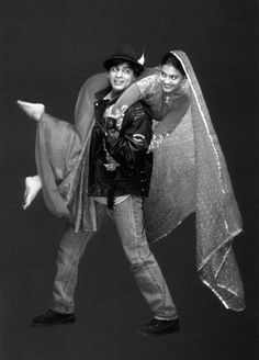 Shahrukh Khan and Kajol in the Hindi classic movie - Dilwale Dulhania Le Jayenge (1995)
