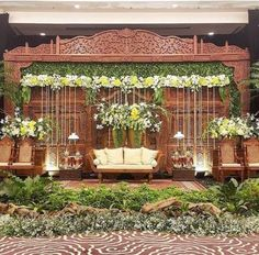 51 New Ideas Wedding Backdrop Rustic Backgrounds Rustic Country Wedding Decorations, Wedding Hall Decorations, Decor Wedding, Wedding Ideas, Javanese Wedding, Indonesian Wedding, Wedding Backdrop Design, Rustic Wedding Backdrops, Traditional Wedding Cakes