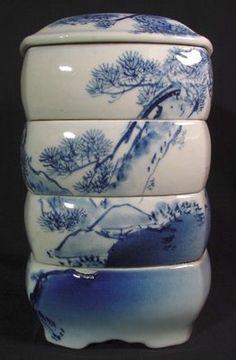 Meiji-era (ca. 1860-90) Underglaze blue Seto-ware jubako (tiered box). #JapaneseDecorativeArt