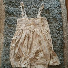 Lace Strapped Tank Great Condition Abercrombie & Fitch Tops Tank Tops