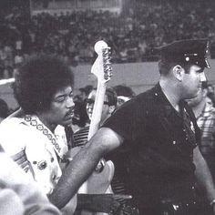 Singer Bowl: Flushing Meadows, New York 1968-08-23