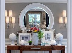 Ok...minus all the clutter this would work in the dining room