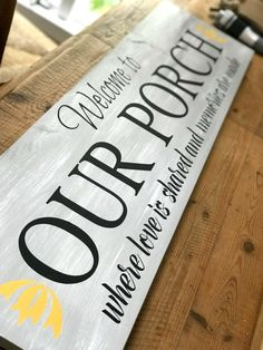 a copy-cat porch sign using DIY stencils. Creating a copy-cat porch sign using DIY stencils. Diy Wood Signs, Pallet Signs, Rustic Signs, Outdoor Wood Signs, Custom Outdoor Signs, Custom Wood Signs, Diy Pallet, Pallet Ideas, Patio Signs
