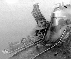 Soviet Midget Submarine Triton - English Russia Midget Submarine, Nuclear Submarine, Underwater Crafts, American Aircraft Carriers, Russian Submarine, Pt Boat, Battleship, Military Aircraft, Scale Models