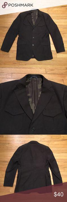 Massimo Dutti mens brown 3 button blazer - sz 50/L Massimo Dutti mens brown 3 button cotton casual blazer - sz 50/L. Armpit to armpit - 21 inches. Length - 31 inches. Excellent condition. Massimo Dutti Suits & Blazers Sport Coats & Blazers
