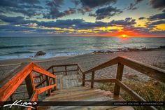 Sunrise at the Coral Cove Park from the stairs.