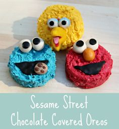Chocolate Sesame Street Tutorial Oreo Cookies: create cute hand made chocolate Oreo's, perfect for a preschool party! from Cake Pop Creations