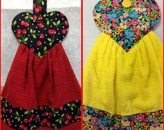 Red terrycloth towel, accented with heart shaped, cherry cotton fabric and a cherry button that hangs from your fridge, stove or Kitchen Towels Hanging, Kitchen Hand Towels, Hanging Towels, Sewing Hacks, Sewing Crafts, Sewing Projects, Dish Towel Crafts, Towel Dress, Yellow Towels