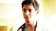Pin for Later: Pretty Little Liars: If Dr. Elliott Rollins Isn't Who He Says He Is . . . Then Who Is He? Wren Kingston's Biological Brother
