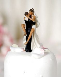 what an adorable cake topper lol