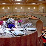 Grand Ballroom - The Brooklyn Marriott showcases the 4th Largest ballroom in New York City with 18,105 sq ft and maximum seating capacity of 2,010. #Weddings #Brooklyn #Ballrooms