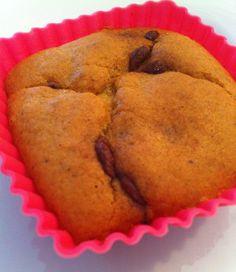 A receita de hoje também foi a Paula do @viversemtrigo que me passou! Ela me mandou um muffin desse em casa e eu enlouqueci de tão bom que ele é! Pedi a receita no hora!!! Ele não tem glúten, é super leve e uma delícia! Adorei a idéia de usar abobrinha para fazer pães e …