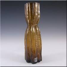 Afbeeldingsresultaat voor lindshammar Kosta Boda, Pottery Marks, Glass Texture, Amber Glass, Vintage Ceramic, Scandinavian, Glass Art, Ceramics, Retro