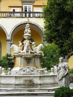 Napoli, Italia.   Chiostro di San Gregorio Armeno by jrgcastro