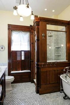 Vintage Bathrooms Design Ideas is part of Victorian home decor Items in a room should coordinate and make a balanced, complementary look when serving as functional elements of your home but item - Victorian Home Decor, Victorian Bathroom, Victorian Interiors, Vintage Bathrooms, Modern Bathroom, Modern Victorian Homes, 1920s Home, Craftsman Style Interiors, 1920s Bathroom