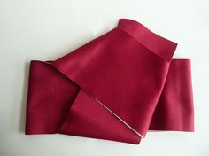 Casual obi sash - Japanese vintage - wine red and white - synthetic - WhatsForPudding