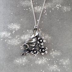 Vintage retro pewter pendant Vintage Buttons, Retro Vintage, Brutalist Design, Vintage Pottery, Contemporary Jewellery, Pewter, Vintage Jewelry, Pendant, Silver