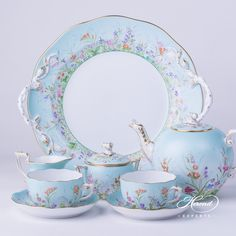 china tea Herend fine china Tea Set for 2 Persons Herend Four Seasons QS pattern. The Tea Set contains the ing porcelain items: 1 pc Tea Pot with Twisted Knob vol liter OZ) QS 1 pc Sugar Basin with Twisted Knob vol dl OZ) QS 1 pc Creamer vol dl OZ) QS Tea Cup Saucer, Tea Cups, Vase Deco, Tee Set, Tea Sets Vintage, Vintage Teacups, China Tea Sets, Tea Pot Set, Teapots And Cups