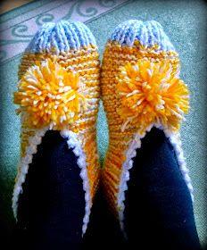 Arkimamman Arkiralli: Isomummilta liuta jämälankatossuja Knitted Slippers, Socks, Knitting, Womens Fashion, Gifts, Accessories, Gift Ideas, Education, Tricot